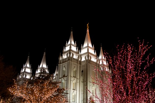 See the Lights at Temple Square -- Moms Have Questions Too