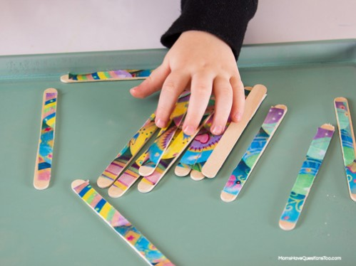Popsicle Stick Puzzle - Easter Themed Tot School Trays -- Moms Have Questions Too