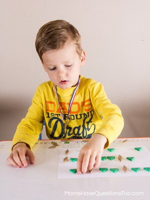 Filling in Patterns with pattern blocks templates - Moms Have Questions Too