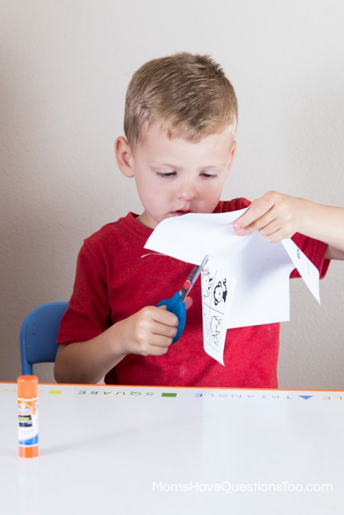 Cutting - Cut and Paste Sea Animals Activity - www.momshavequestionstoo.com
