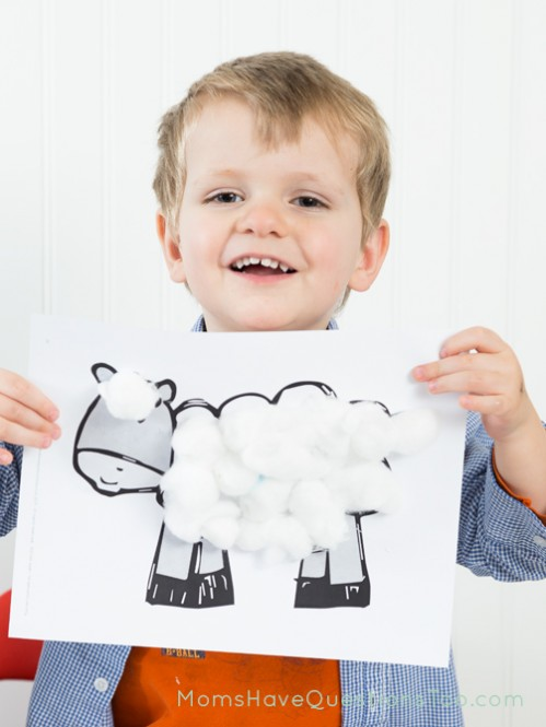Make a sheep with cotton balls - Moms Have Questions Too